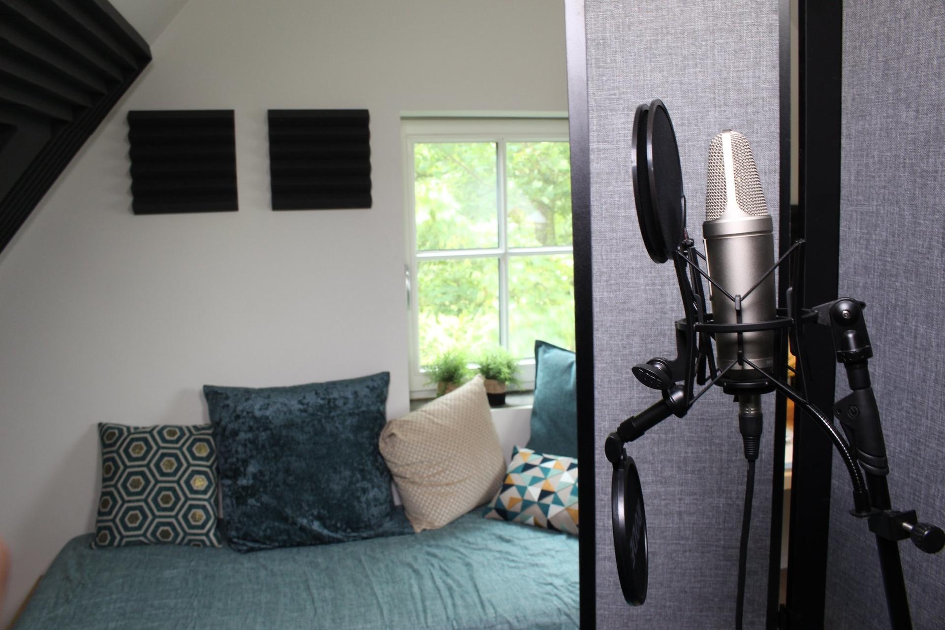 studio met opnameruimte akoestisch verbeterd